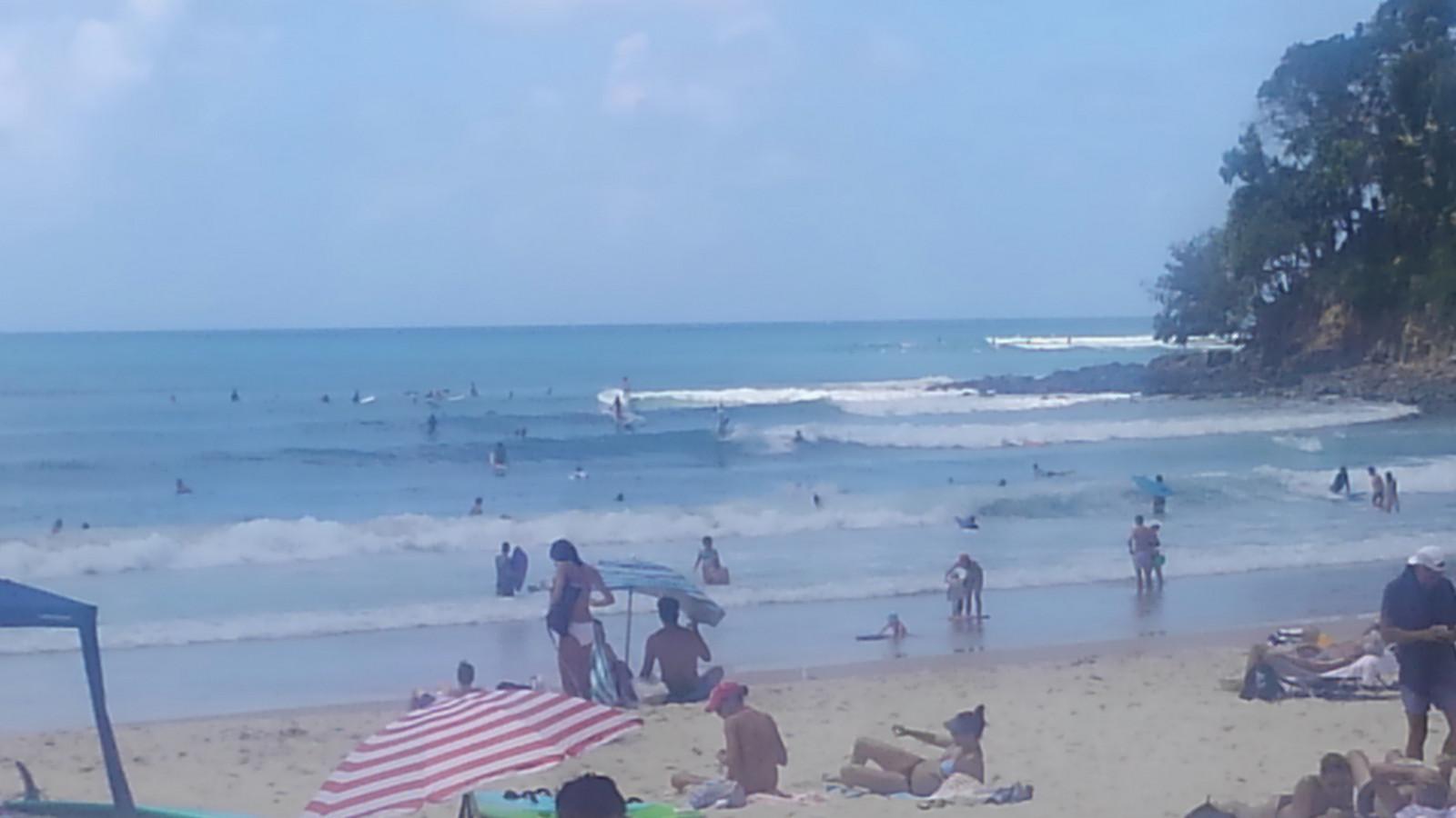 0_noosa_main_beach